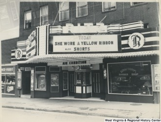 Ritz - marquee - She Wore a Yellow Ribbon, 49